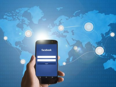 Facebook Mobile come creare community