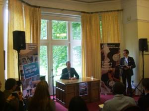 Conferenza stampa di Erik Qualman a Manchester